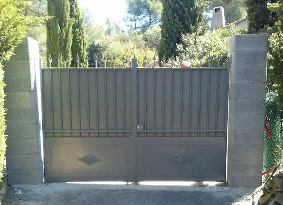 Portail fer antirouille Provence Hyeres