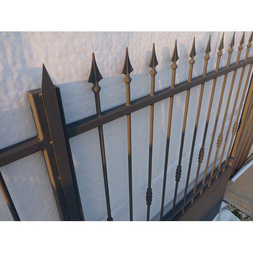Portail en fer battant et coulissant de la gamme traditionnelle du fabricant de portails direct - Portail fer forge ...