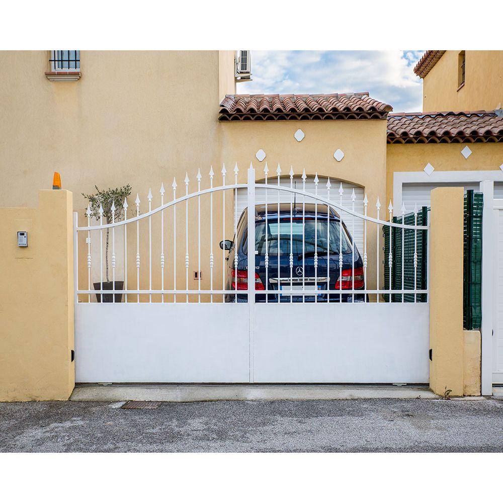 Portail cloture fer et portail fer avec portail coulissant for Portail de maison en fer