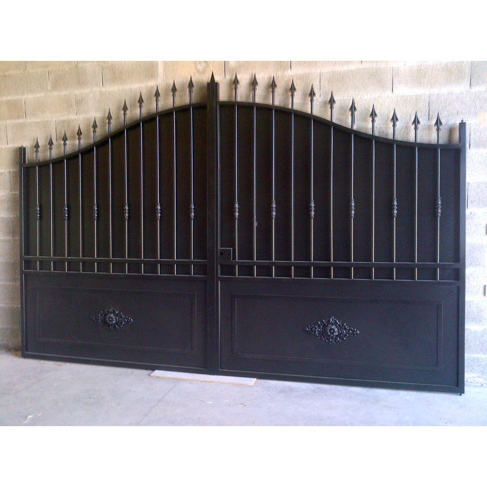 Portail en fer coulissant portail en fer battant portail sur mesure fabricant portail france Portail coulissant en fer